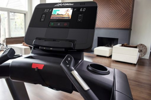 Life Fitness Club Series Plus treadmill